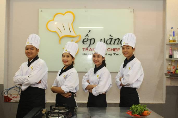 Hình ảnh học viên đang theo học tại Đào tạo Bếp Vàng