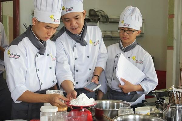 Học nấu ăn để mở quán kinh doanh ở bình dương