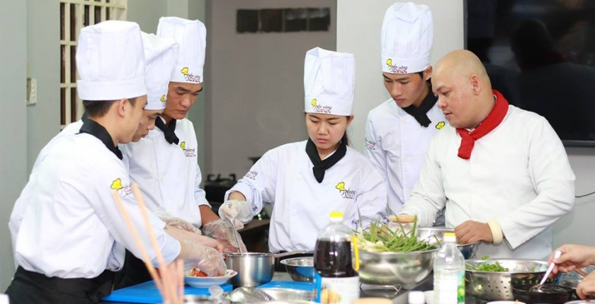 Một buổi học nấu ăn tại Bình Dương
