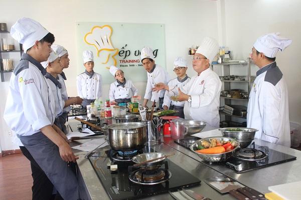 Học nấu ăn đào tạo bếp vàng