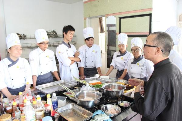 Lớp học chuyên đề Roti