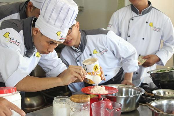 thực hành nấu ăn