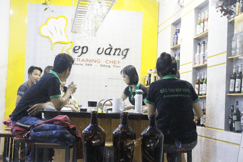 hinh-anh-hoat-dong-bep-vang-14